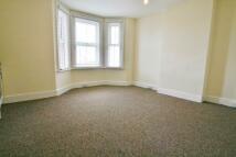 1 bed Ground Flat to rent in Bennington Street...