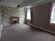 2 bed Flat to rent in High Street...