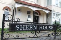 Flat in Sheen Lane, London, SW14