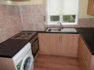 Flat to rent in SUNNYHURST ROAD...