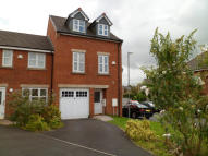 4 bedroom semi detached house to rent in SEACOLE CLOSE, Blackburn...