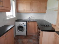 Flat to rent in STONE HILL DRIVE...