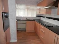 3 bedroom semi detached property to rent in BUNKERS HILL CLOSE...