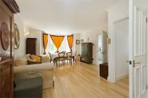 3 bedroom Flat for sale in Goldhurst Terrace...