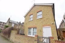 2 bedroom Town House to rent in Mutrix Road...