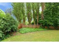 1 bed Flat for sale in Hillside Court...
