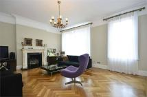 3 bed Apartment in Goldhurst Terrace...