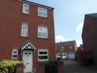 2 bed End of Terrace home to rent in Moorhouse Close...