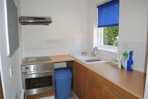 Studio flat to rent in Stonefield...