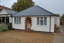 3 bed Bungalow to rent in Cambridge Road...