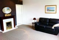 Flat to rent in Main Street, Symington...