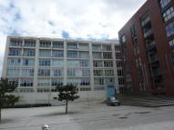 Flat to rent in Airpoint, Bedminster,