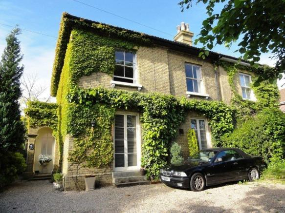 4 Bedroom Semi Detached House For Sale In Beautiful