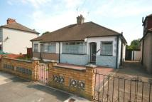 2 bedroom Semi-Detached Bungalow in Derby Avenue, Upminster