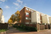 3 bedroom Duplex in Bradwell, Dagenham