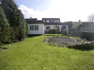 4 bedroom Detached property in West Molesey, KT8