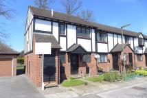 Maisonette to rent in Kings Chase...