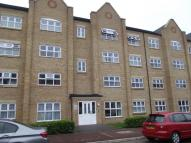 Flat to rent in Crowe Road