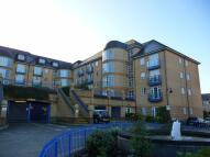 Ground Flat to rent in Newland Gardens...