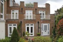 Flat in West Overcliff Drive...