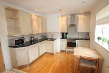 Apartment in Eleanor Court...
