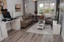 Apartment to rent in Mungo Park Road, Rainham...