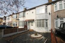 3 bed house to rent in Harwood Avenue...