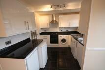 3 bedroom property in Hawkinge Way, Hornchurch...