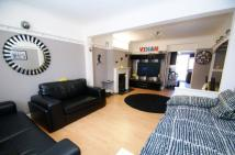 3 bed home in Aveley Road, Romford, RM1