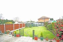 2 bedroom Bungalow to rent in Upminster Road North...