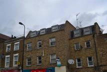 Ground Flat in Camberwell New Road...