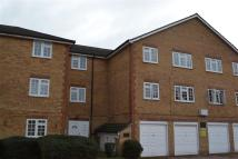 Flat to rent in Gables Close, Camberwell...