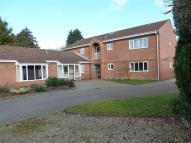 Maisonette to rent in Middle Road, AYLESBURY