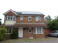 4 bed Detached house in Oliffe Close, AYLESBURY