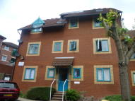 1 bedroom Flat to rent in Badgers Walk...