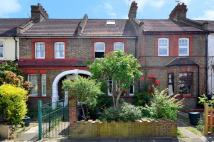 3 bedroom property for sale in Avondale Road, Harringay...