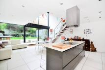 5 bedroom house for sale in Briston Grove...