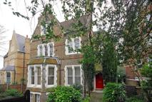 1 bed Flat to rent in Crescent Road...