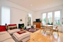 3 bedroom Flat to rent in Stanhope Road, Highgate...