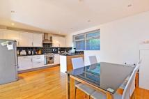 2 bedroom Flat in Hazelville Road, Archway...