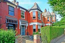Maisonette to rent in Stapleton Hall Road...