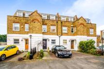 3 bed property in Tivoli Road, Crouch End...