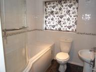 4 bedroom semi detached home to rent in SPENCER DRIVE...