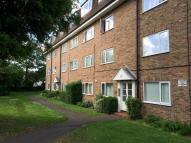 Flat to rent in Sutton Common Road...