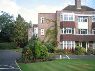 3 bed Flat in Imber Close, Esher, KT10