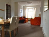 2 bed Flat to rent in COLERIDGE AVENUE...