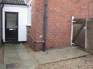 1 bedroom Flat to rent in VICARAGE ROAD, Amblecote...