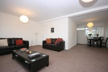 Apartment to rent in Broadway, Ponteland