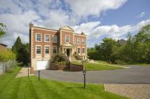 6 bed Detached house in Runnymede Road...