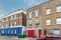 3 bedroom End of Terrace property in Mina Road...